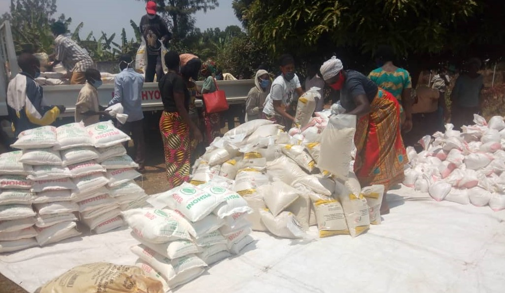 RDIS Loads food items and soaps