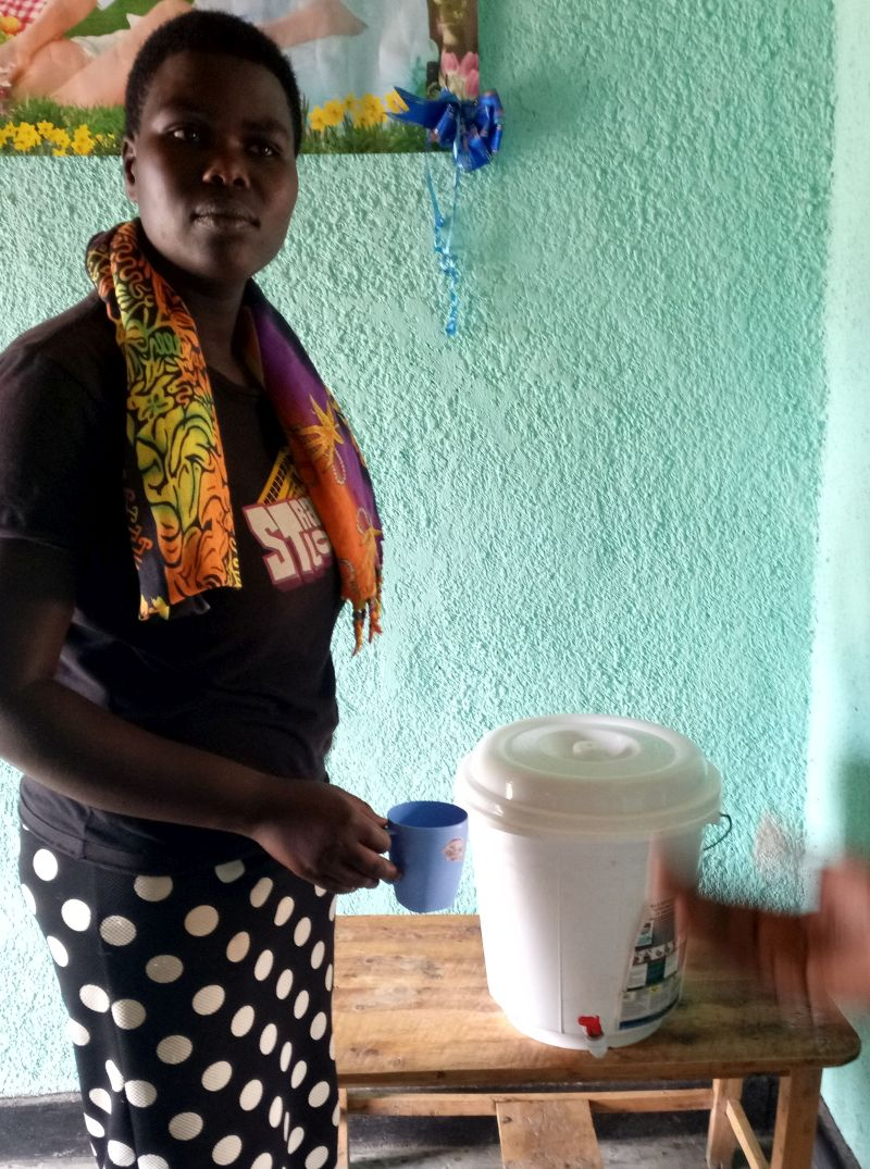 Beneficiary of RDIS's Ceramic Water Filter